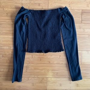 Hollister Preowned Women's Off the Shoulder Top